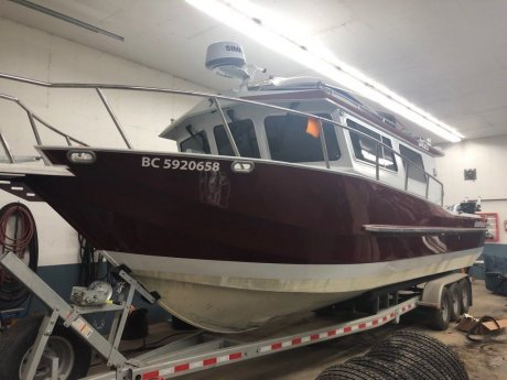 2017 KingFisher  3425 Offshore